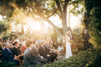 wedding-ceremony-at-sunset-in-garden