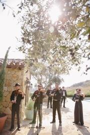 live-hispanic-band-outside