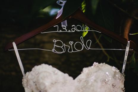 bride-custom-hanger