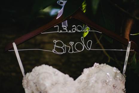 bride-custom-hanger