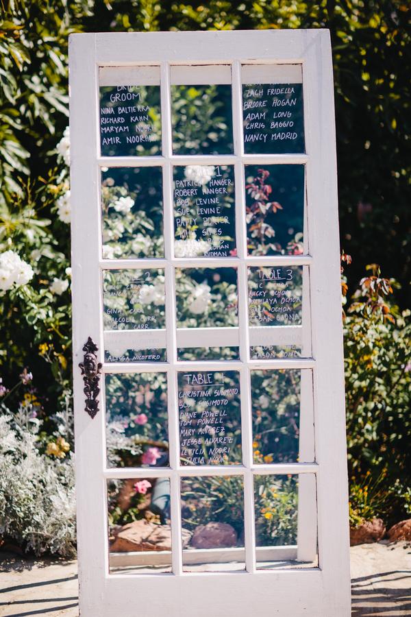 rustic-wedding-table-chart