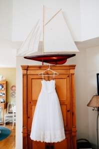 wedding-dress-on-hanger