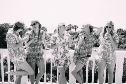 bridesmaids-at-beach-house