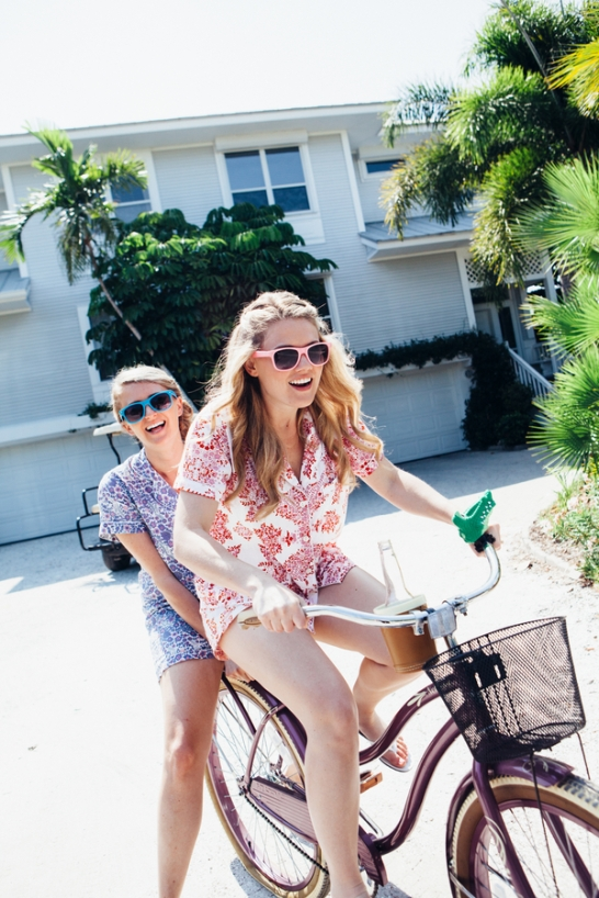 two-bridesmaids-on-a-bike