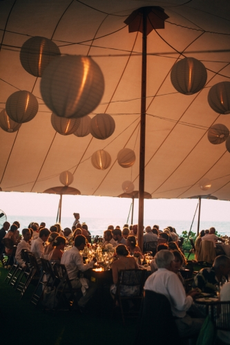 wedding-reception-under-tent-at-beach